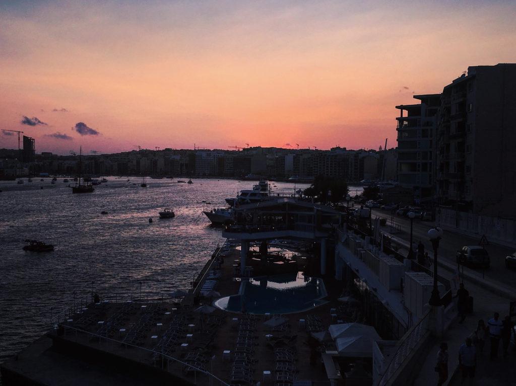 coucher du soleil sliema